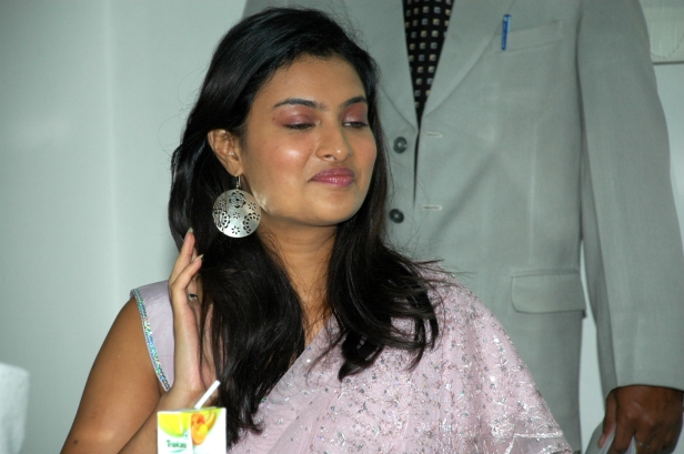 sayali bhagat, lucknow LT Lucknow, Photo- By Ajay Singh